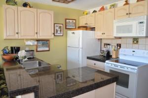DSC_4182_kitchen_1BR